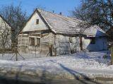 Одна з найстаріших хат у Любені